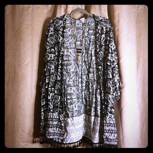 B&W elephant kimono